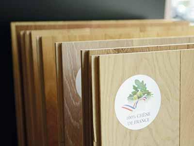 Grand choix de parquet stratifié dans les showroom Sadécor Paris et Bourg-la-Reine
